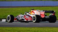 První test Red Bullu RB16 v Silverstone