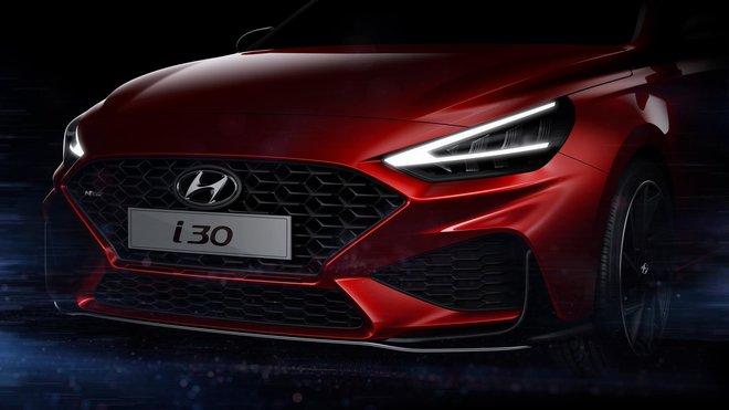 Hyundai ukázal první fotografie nového modelu i30, jež odhalují výraznější design sportovní verze N