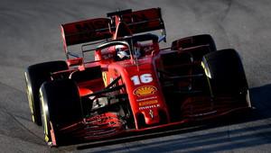 Ferrari začne od zítřka pracovat na výkonnosti. Co způsobilo selhání Vettelova motoru? - anotační obrázek