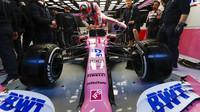 Sergio Pérez při předsezonních testech s vozem Racing Point RP20 v Barceloně