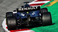 Daniel Ricciardo v rámci druhého dne předsezonních testů v Barceloně