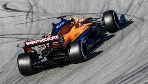 ŽIVĚ: Poslední den testů - odhalí týmy více? Nejrychleji zatím krouží McLaren - anotační obrázek