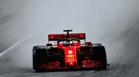 Sebastian Vettel v rámci druhého dne druhých předsezonních testů v Barceloně