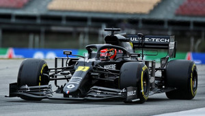 Platy se snížily i jezdcům F1 v Renaultu, zaměstnanci mají volno - anotační obrázek