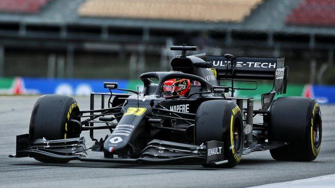 Esteban Ocon v rámci třetího dne druhých předsezonních testů v Barceloně