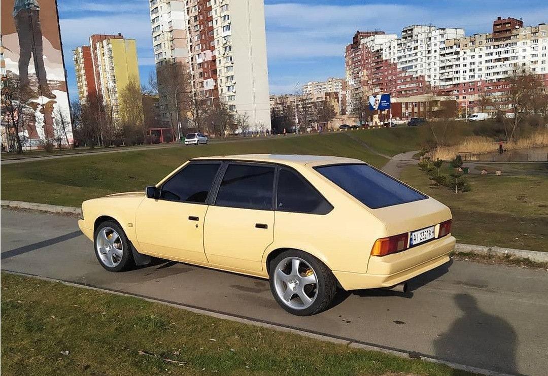 Moskvič 2141
