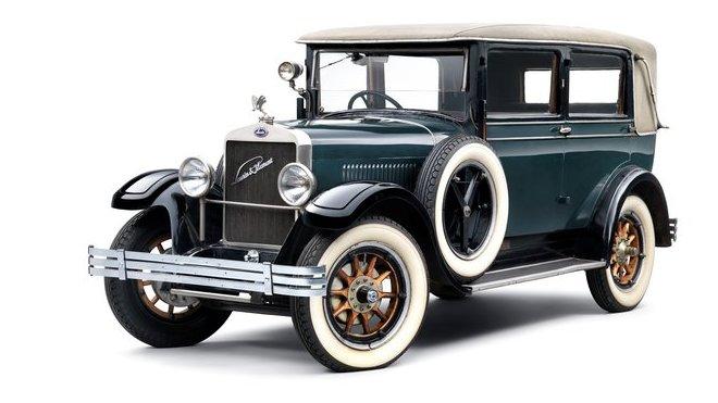 Laurin & Klement / Škoda 110 již v roce 1925 prokázal inovativnost značky. Zákaznící si mohli vybrat z pěti karosérií