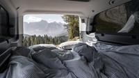 Volkswagen Transporter s vestavbou VISU pro výlet či dovolenou - anotační obrázek