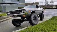 Šílenost na prodej!  Kříženec Dodge Challengera a armádního Chevroletu Blazer má řadu výhod - anotační foto