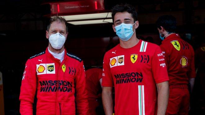 Sebastian Vettel a Charles Leclerc během testování v Mugellu