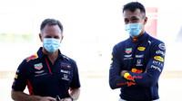 Christian Horner a Alexander Albon během testování v Silverstone