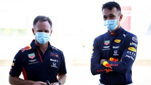 Red Bull plní slib a protestuje proti systému DAS - anotační obrázek