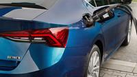 Škoda Octavia G-TEC jde do prodeje. Za 531 tisíc dostanete 130 koní a manuální převodovku - anotační foto