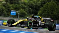 Daniel Ricciardo během 1. tréninku na GP Rakouska