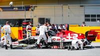 Vůz Kimiho Räikkönena se připravuje na závod velké ceny Štýrska