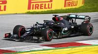 Lewis Hamilton na měkkých pneumatikách