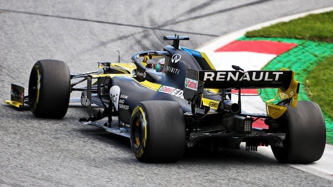 Daninel Ricciardo s Renaultem RS20