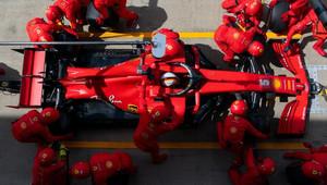 Ferrari kvůli zmrazení vývoje optimismem neoplývá. Na jakou část vozu využije své žetony? - anotační obrázek