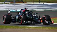 Hamilton bere bod navíc za nejrychlejší kolo, Williams pátý - anotační foto