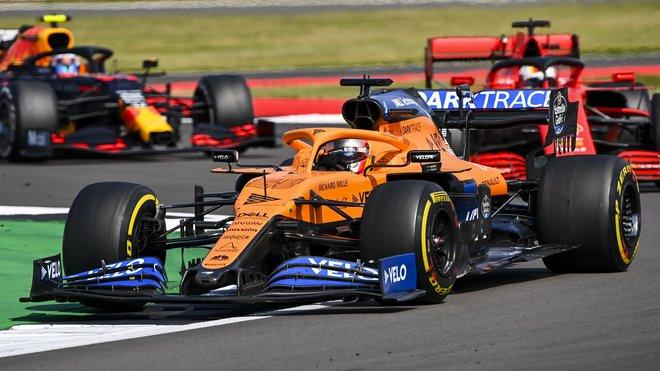 McLaren je na rovinkách velmi rychlý