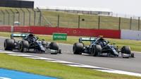 Mercedesy minulý víkend v Silverstone