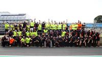 Tým Red Bull slaví první místo v závodě v Silverstone