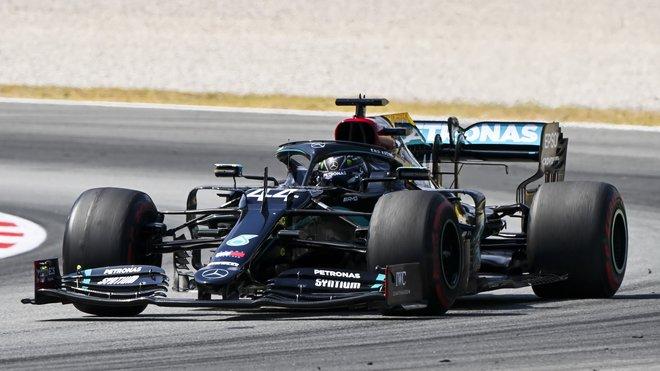 Lewis Hamilton s Mercedesem W11
