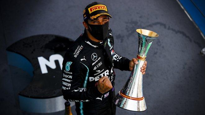 Lewis Hamilton za 14 sezón v F1 vystřídal pouze dvě značky