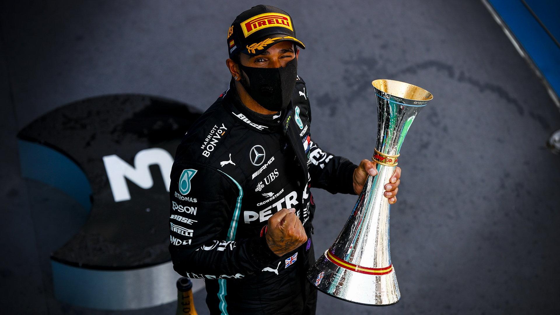 Mercedes chce v F1 pokračovat, zůstane u něj i Hamilton?