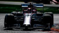 Kimi Räikkönen v závodě na Monze
