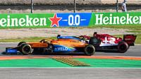 Carlos Sainz a Kimi v závodě v Monze