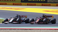Romain Grosjean a Sebastian Vettel v závodě v Toskánsku
