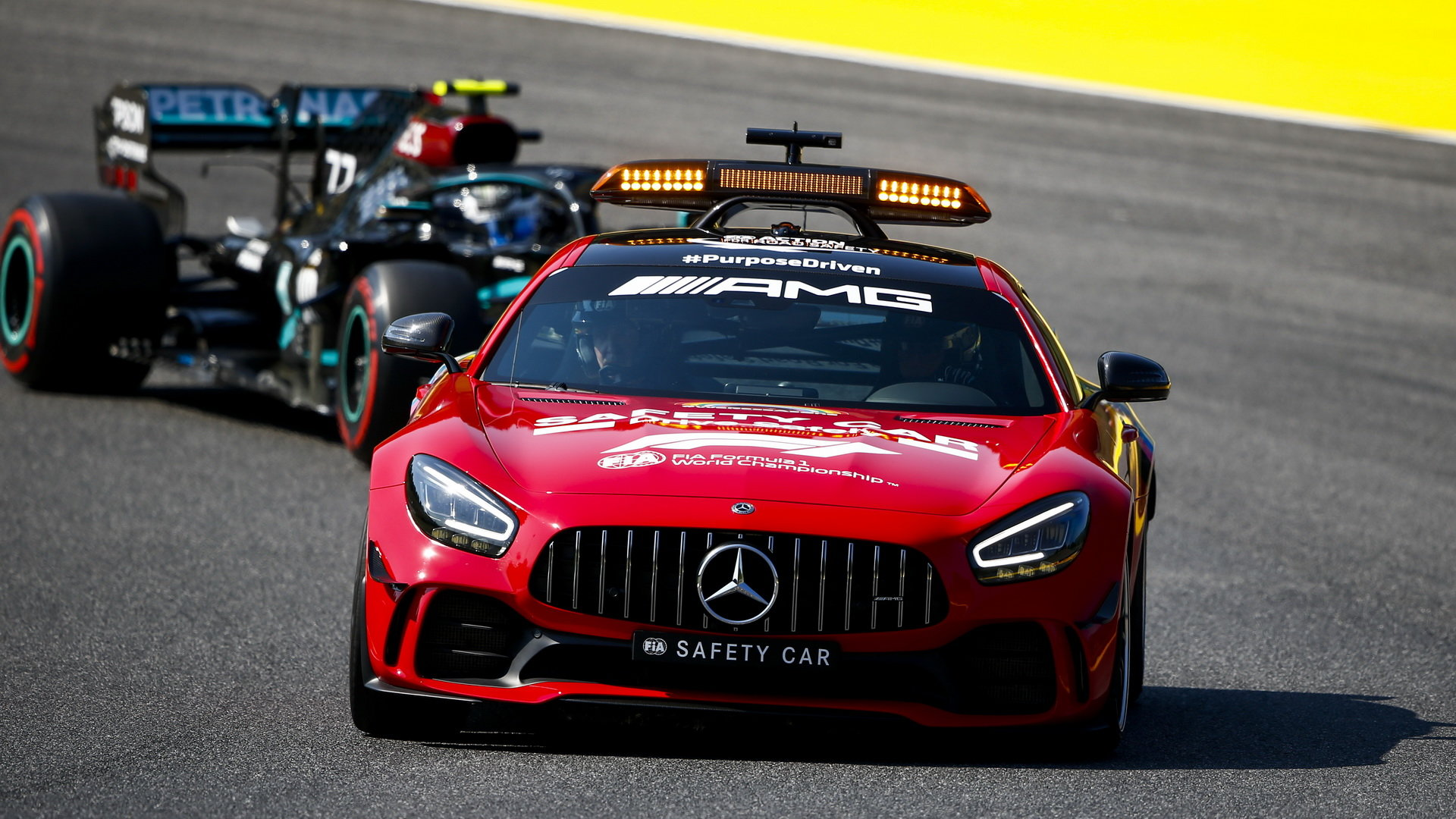 Safety Car v závodě v Toskánsku
