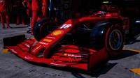 """""""Nové díly pomohly, Ferrari však ještě musí spoustu věcí pochopit,"""" hlásí Leclerc - anotační obrázek"""