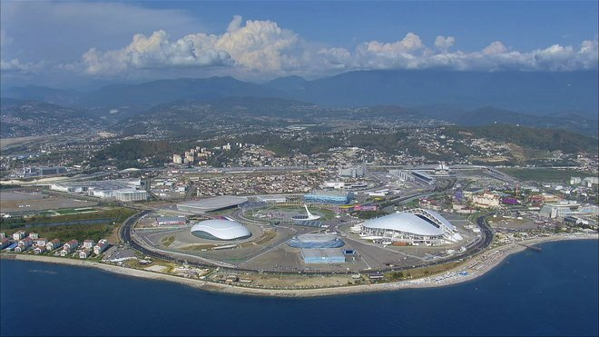 Pohled na olympijský areál v Soči