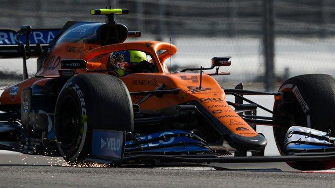 McLarenu MCL35 Landa Norrise s novým nosem