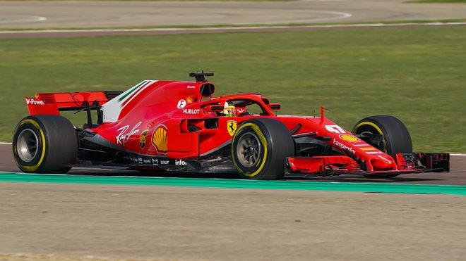 Mick Schumacher s vozem Ferrari SF71H ve Fioranu
