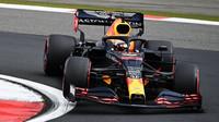 Max Verstappen splnil normu: když dojede, vždy na stupních vítězů