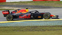 Max Verstappen počas závodu na Nürburgringu