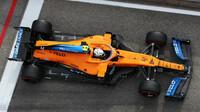Lando Norris s McLarenem MCL35