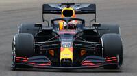 Max Verstappen s Red Bullem RB16