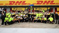 Oslavy Renaultu po závodě v Imole
