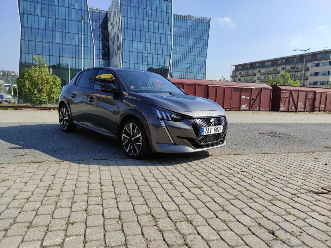 Test Peugeot 208 1,2 Pure Tech 130 GT-Line A8, jen krůček k dokonalosti - anotační obrázek