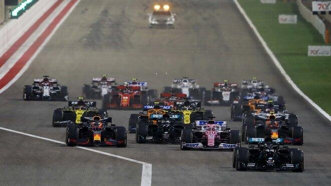 Start závodu v Bahrajnu