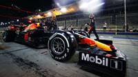 Alexander Albon v závodě v Bahrajnu