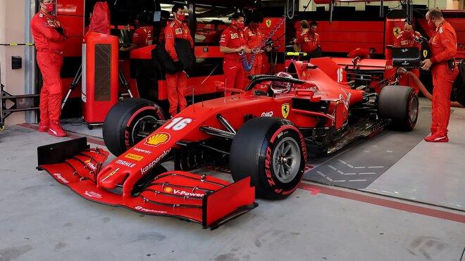 Charles Leclerc před závodem v Bahrajnu