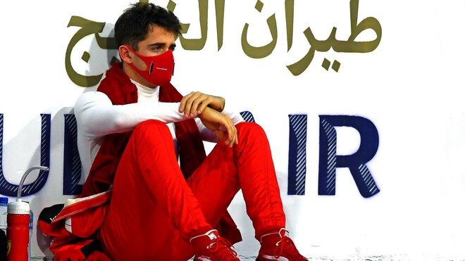 Charles Leclerc výrazně zasáhl do osudu GP Sáchiru