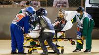 Romaina Grosjeana odvážejí po děsivé nehodě do nemocnice