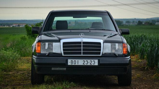 Mercedes W124 300E