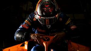 Sainz porovnává dřívější angažmá. Proč to měl u McLarenu radši než u Renaultu? - anotační obrázek